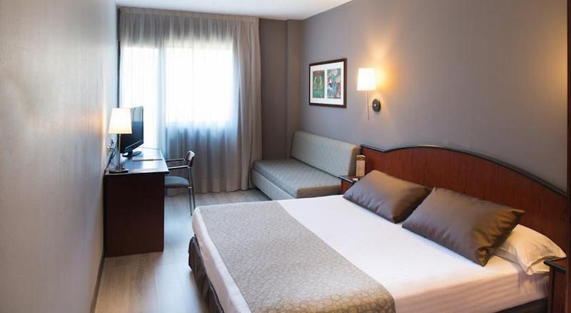 Room Catalonia Gran Hotel Verdi