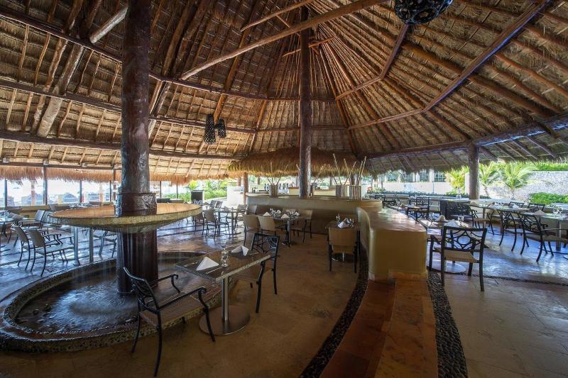 Bar Fiesta Americana Condesa Cancun All Inclusive