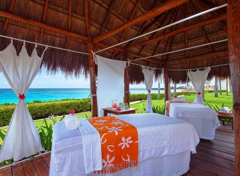 Sports and Entertainment The Westin Resort & Spa Cancun