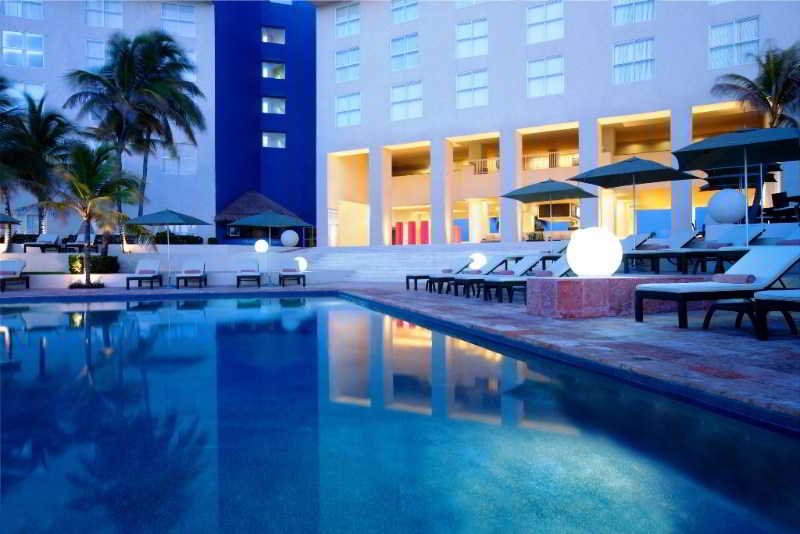 Pool The Westin Resort & Spa Cancun