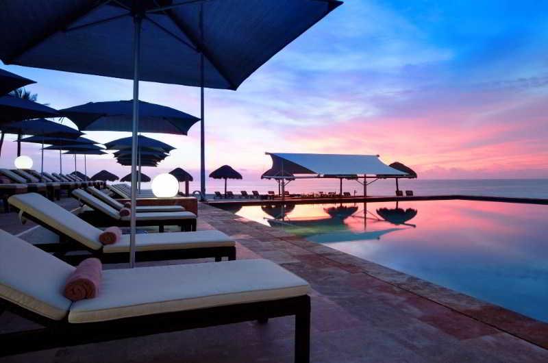 Terrace The Westin Resort & Spa Cancun