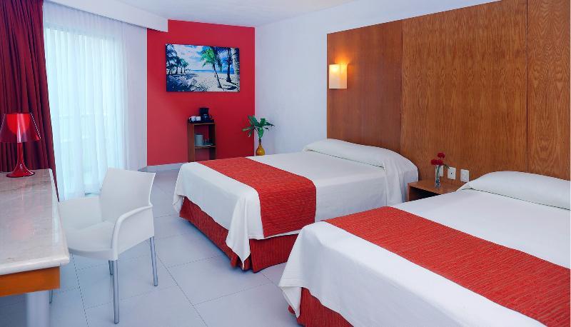 General view Ramada Cancun City