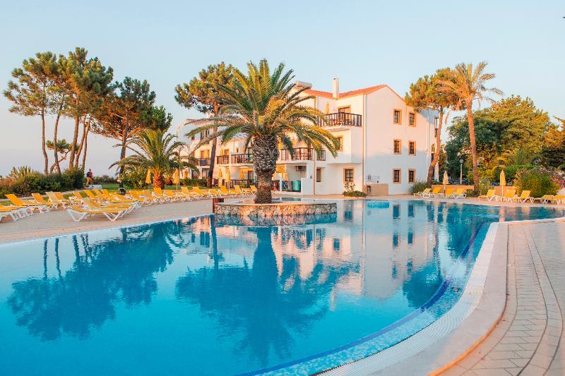 Pool Alfagar I Village