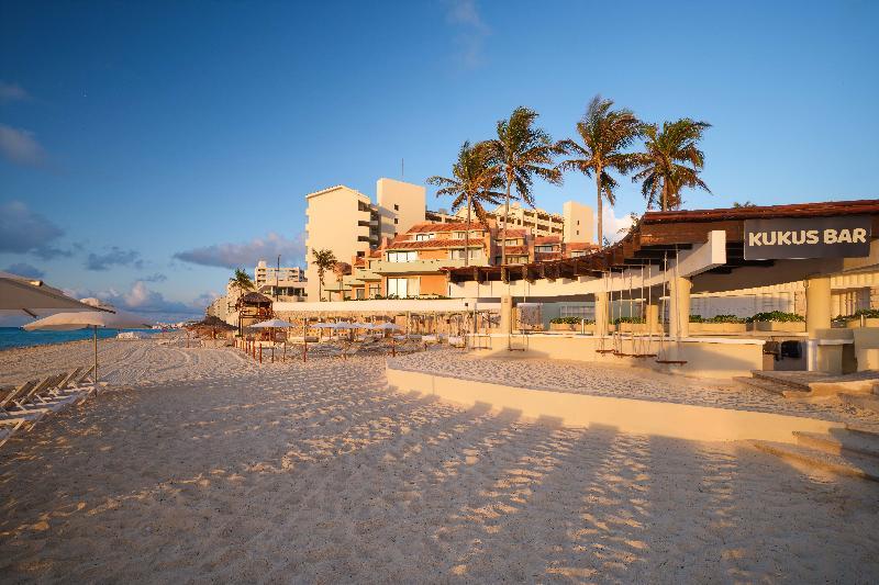 Bar Omni Cancun Hotel & Villas