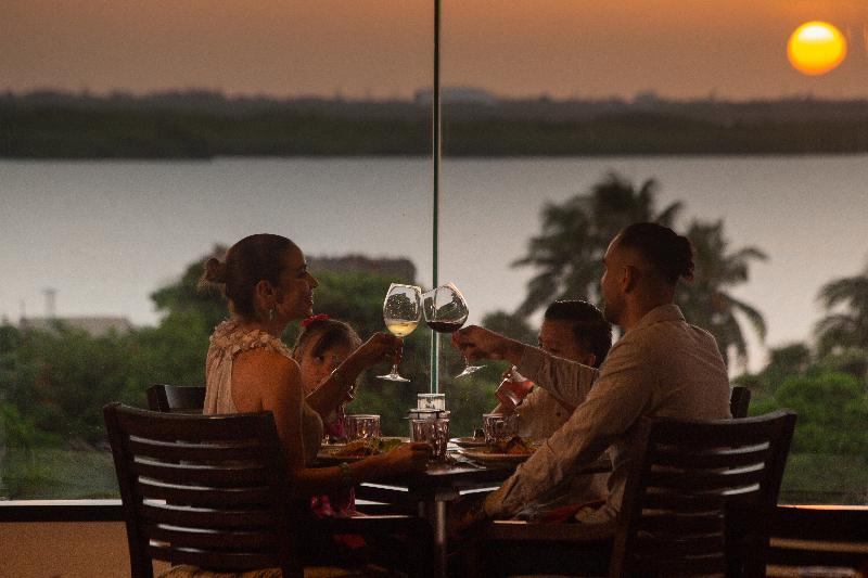 Restaurant Omni Cancun Hotel & Villas
