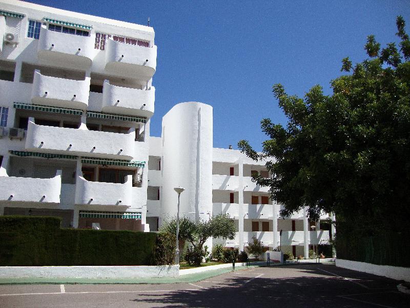 Apartamentos Las Fuentes 3000 - Hotel - 8