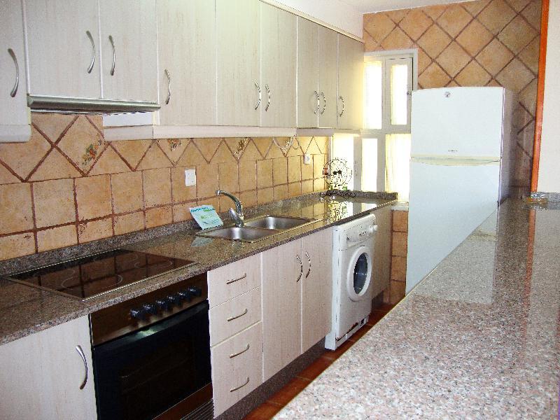 Apartamentos Las Fuentes 3000 - Room - 12