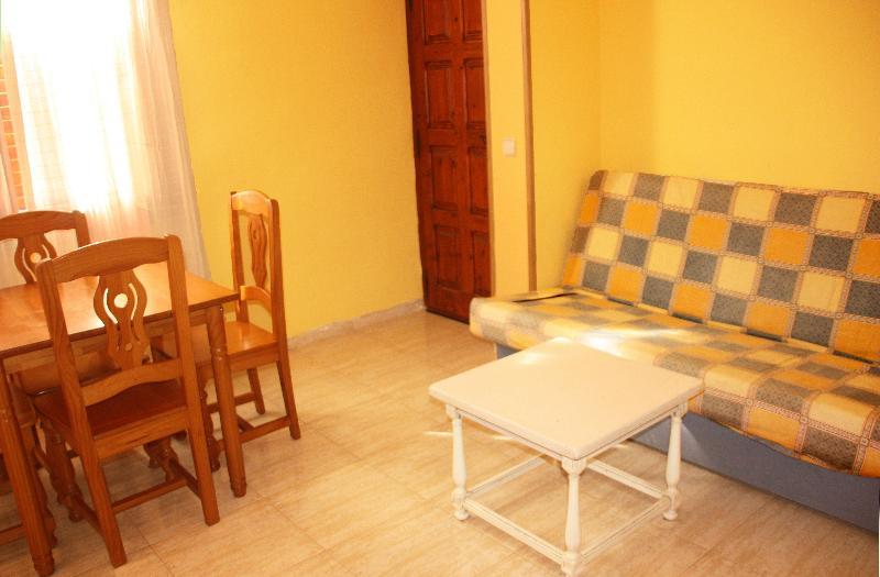 Apartamentos Las Fuentes 3000 - Room - 13