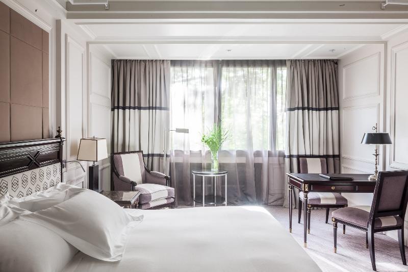 Hotel villa magna in madrid room deals photos reviews - Villamagna hotel madrid ...