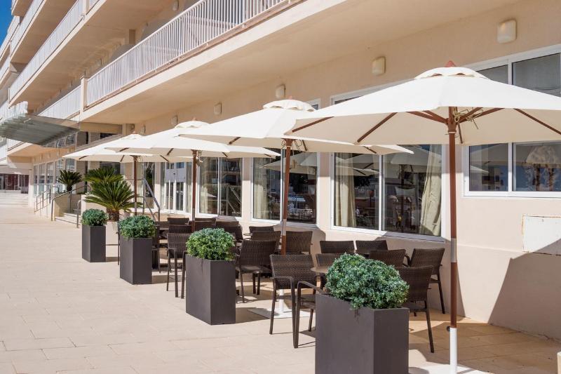 Hotel Catalonia Consul