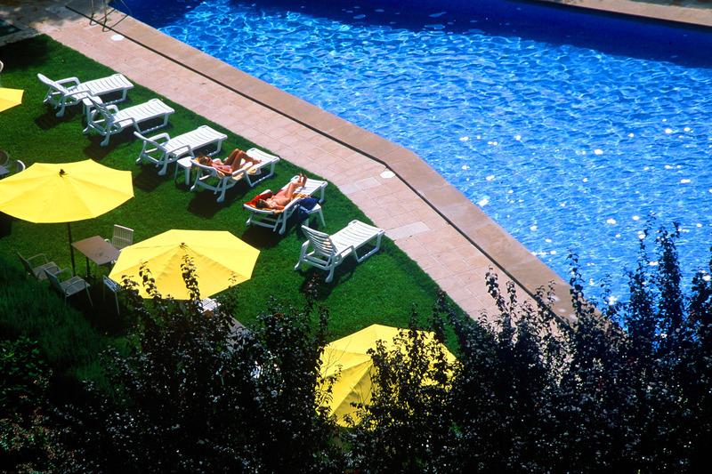 Apartamentos Pessets - Pool - 2