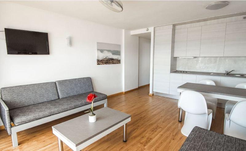 Cheap holidays to apartamentos sol y vera magaluf - Apartamentos magaluf ...