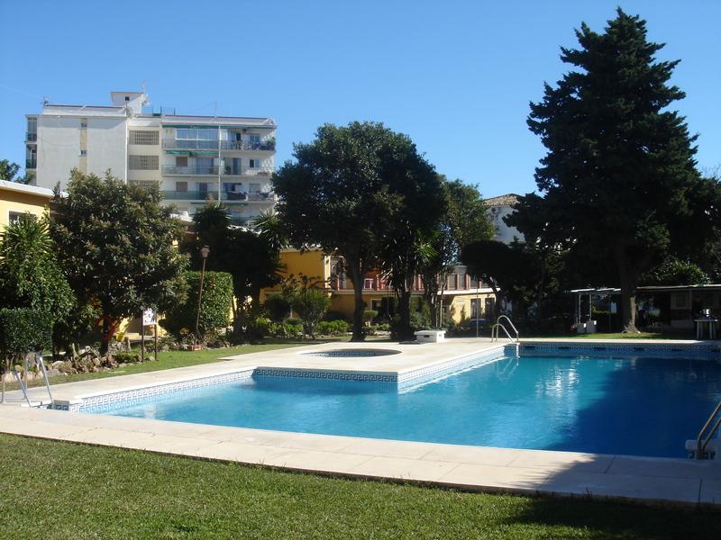 Pool Apartamentos San Carlos