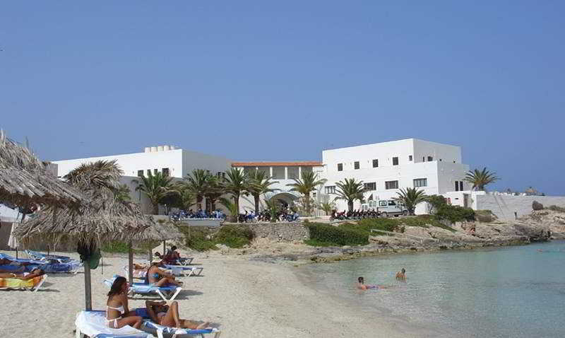 Beach Rocabella