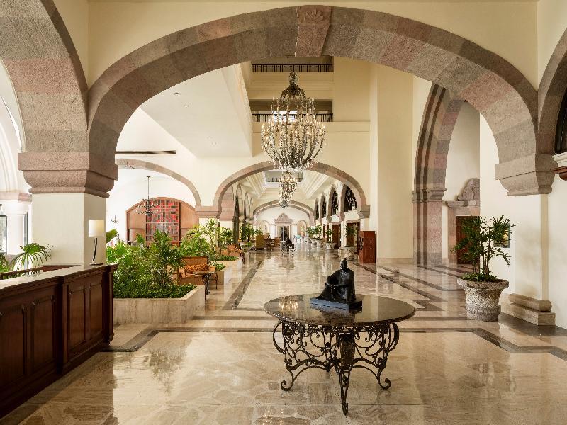 Lobby Marriott Cancun Resort