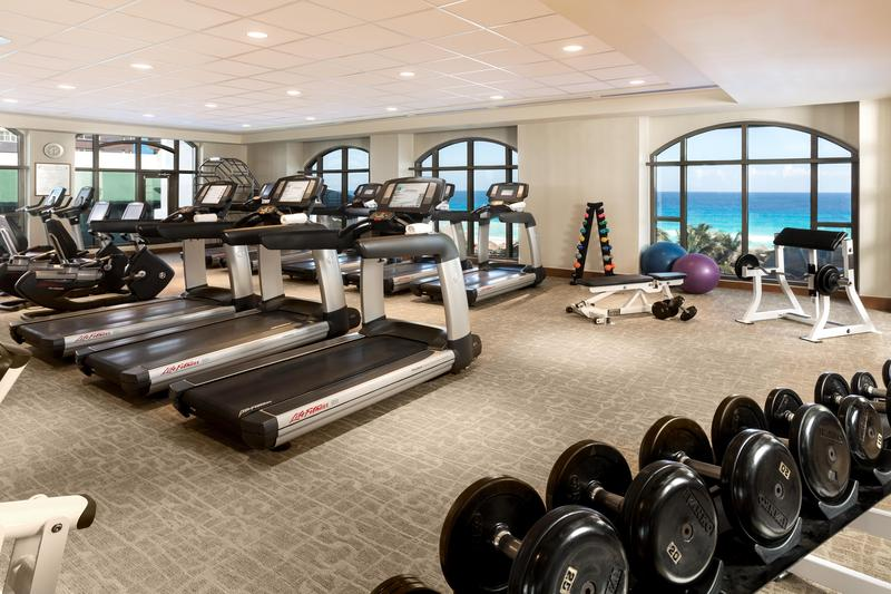 Sports and Entertainment Jw Marriott Cancun Resort & Spa