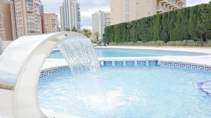 Pool Primavera Loix