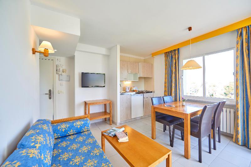 Gavimar La Mirada Club Resort - Room - 3