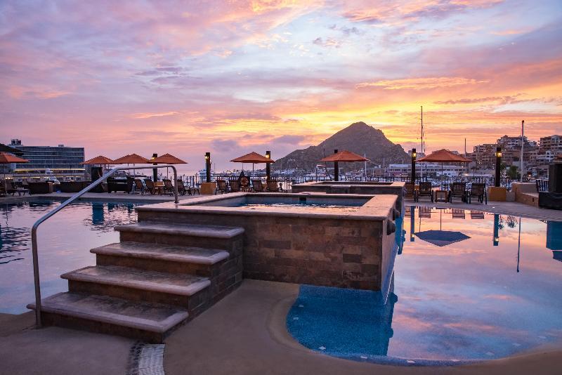 Pool Tesoro Los Cabos