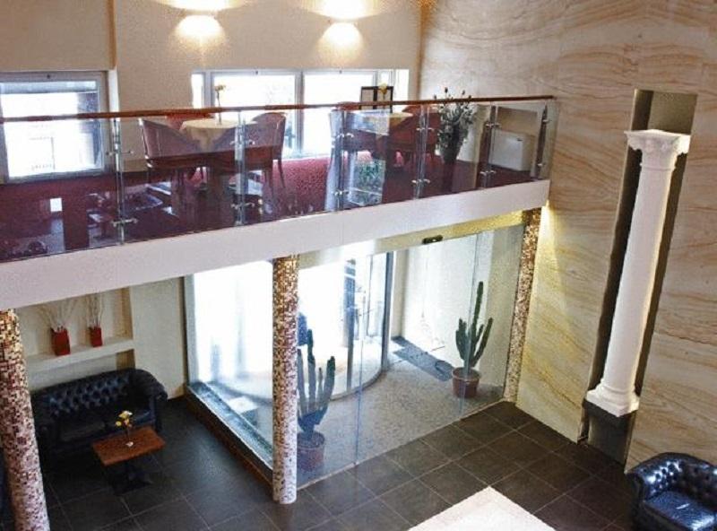 Lobby Quality Hotel Nova Domus