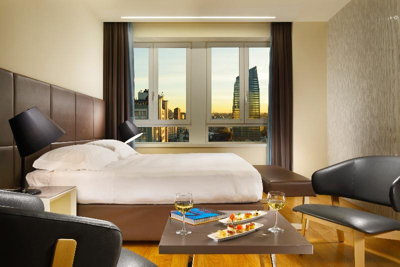Room Una Hotel Century