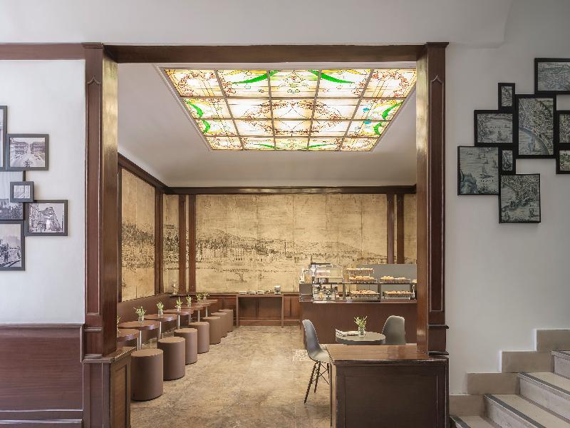 Restaurant B&b Hotel Napoli
