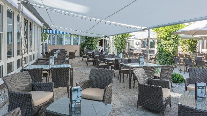 Holiday Inn Unterhaching Hotel - Bar - 6