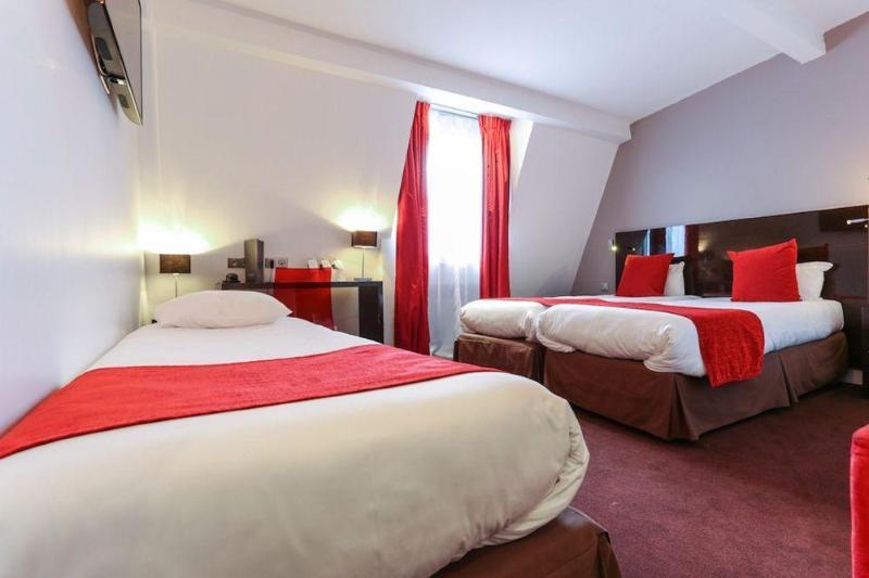 Room De Rocroy .