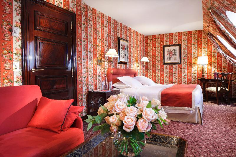 Best Price On Franklin Roosevelt Hotel In Paris   Reviews
