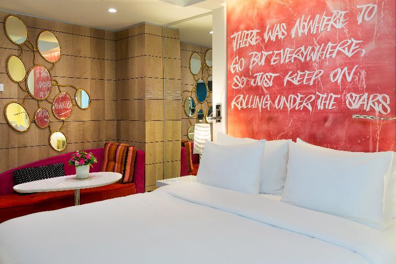 Room N\'vy Manotel