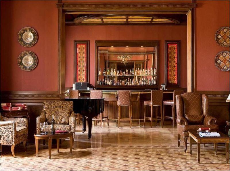 Bar Pavillon Winter Luxor