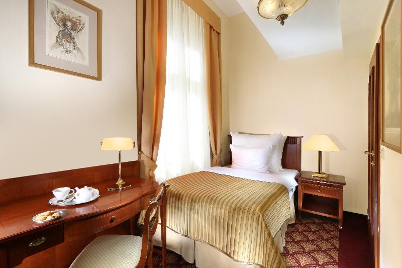Room Art Nouveau Palace Hotel