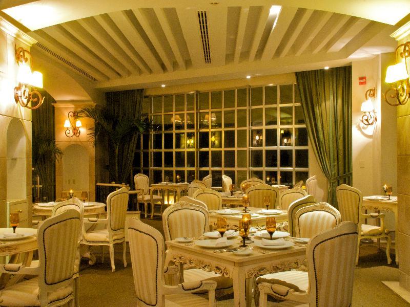 Restaurant Sandos Cancun Lifestyle Resort