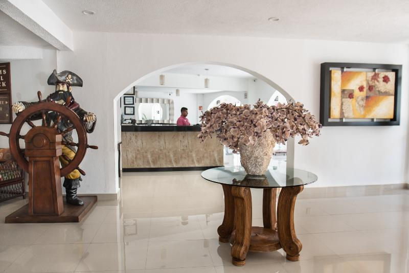 Lobby Calypso Hotel Cancun
