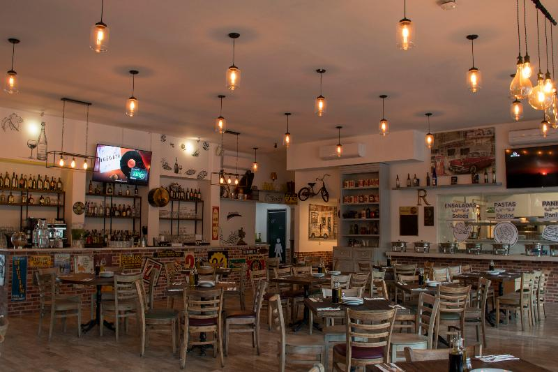 Restaurant Calypso Hotel Cancun