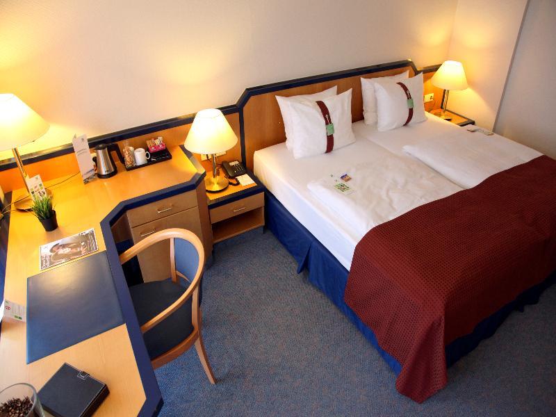 Room Holiday Inn Hamburg