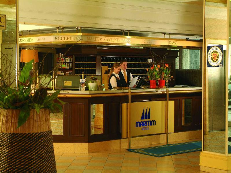 Lobby Maritim Wurzburg