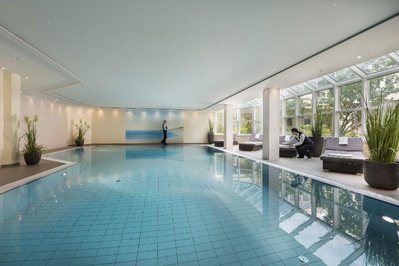Pool Maritim Wurzburg