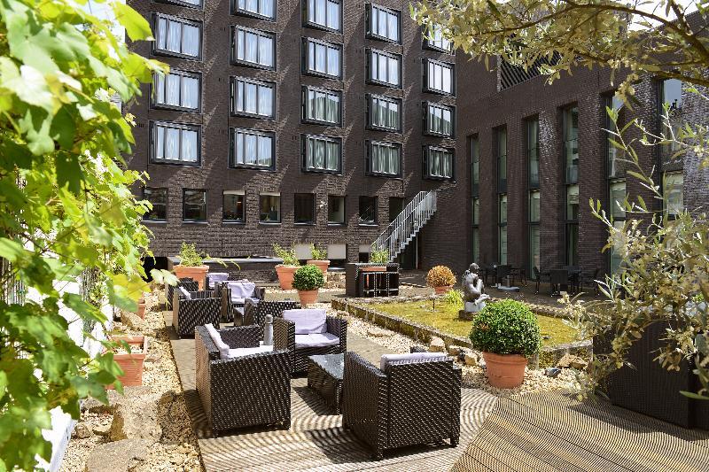 Terrace Amrâth Grand Hotel De L\'empereur