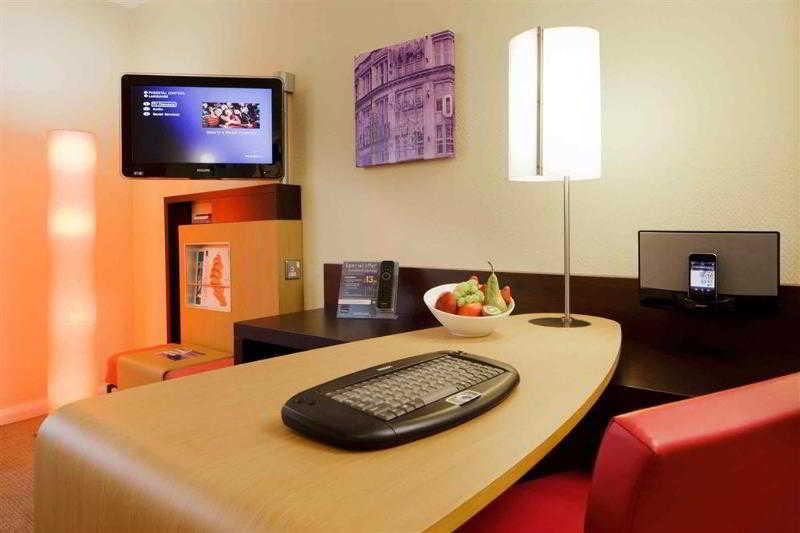 Room Novotel Manchester Centre