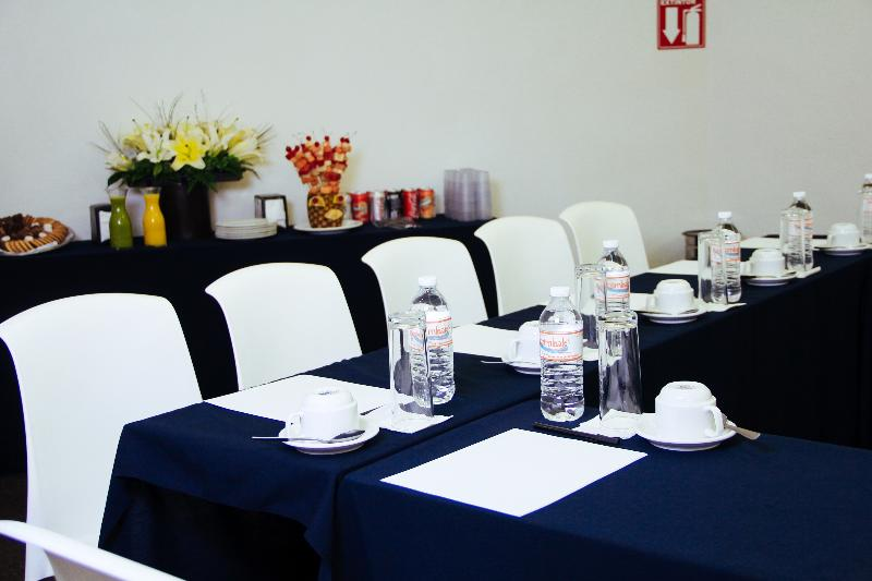 Conferences Surestay By Best Western Palmareca Hotel & Suites