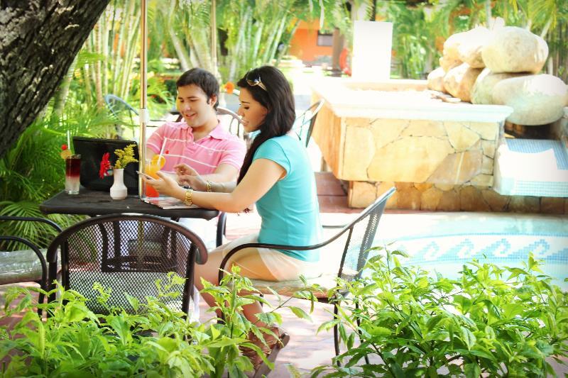 Pool Surestay By Best Western Palmareca Hotel & Suites