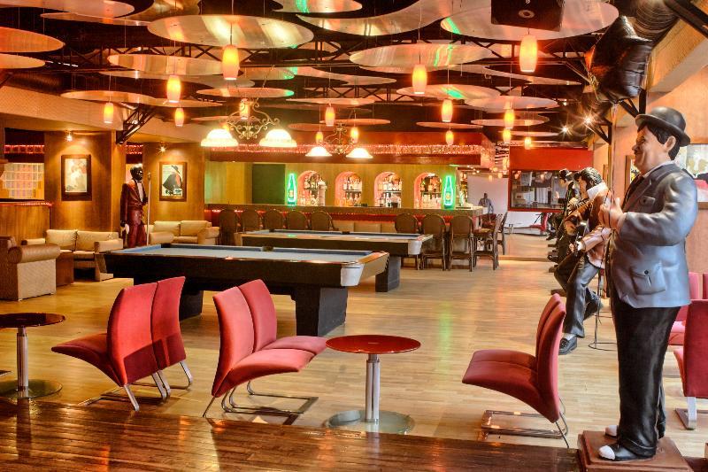 Bar Golden Parnassus Resort & Spa All Inclusive
