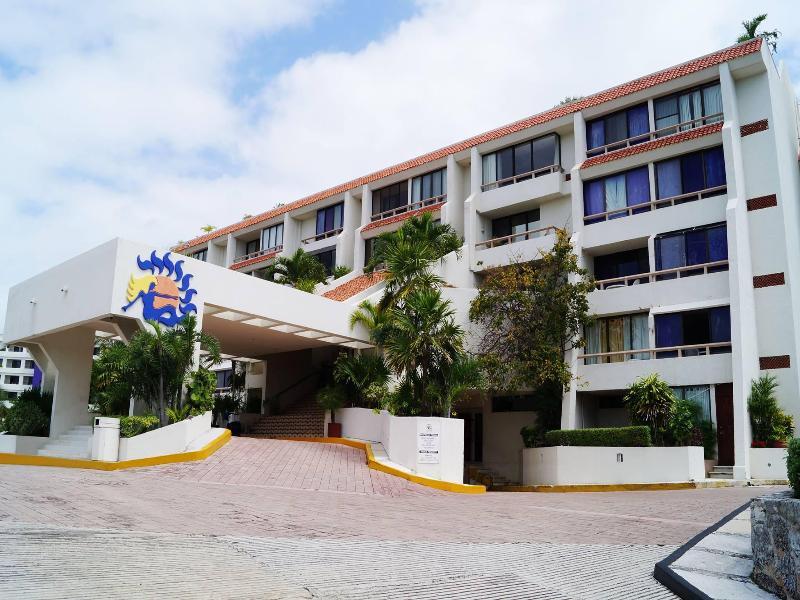 Lobby Solymar Beach Resort
