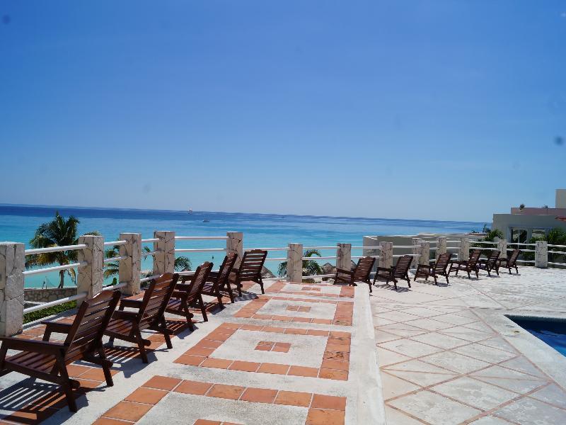 Terrace Solymar Beach Resort