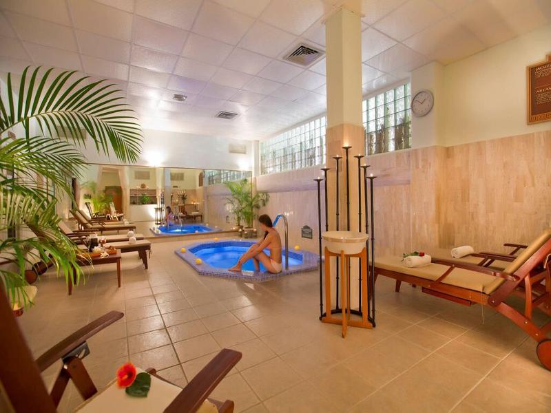 Sports and Entertainment Paradise Village Beach Resort & Spa