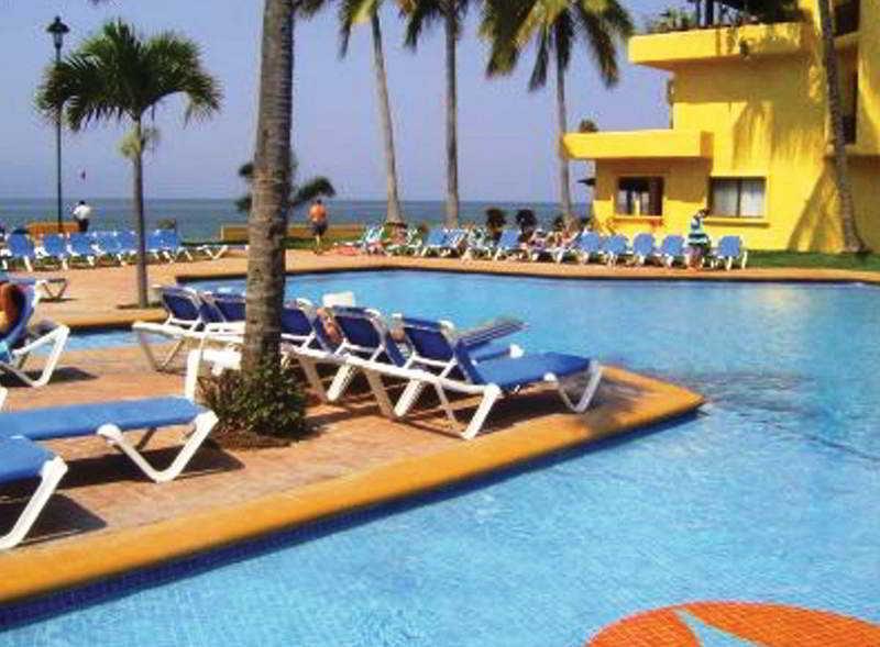 Pool Los Tules Resort