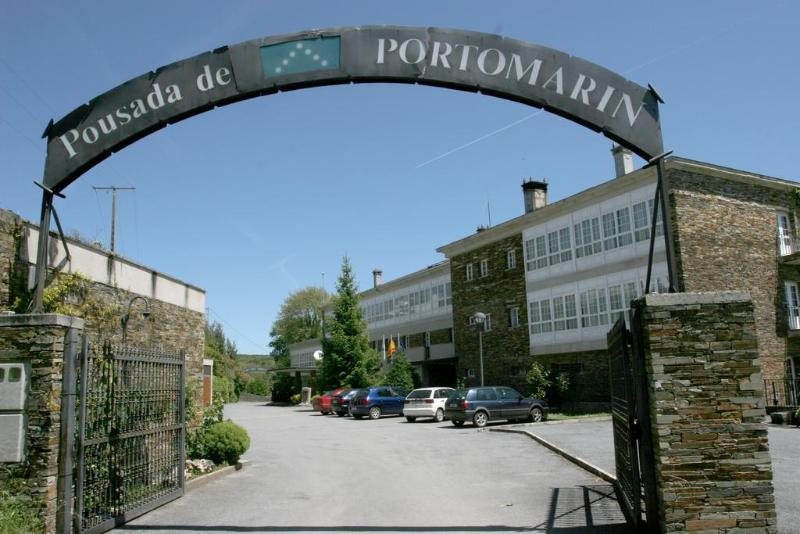 General view Pousada De Portomarin