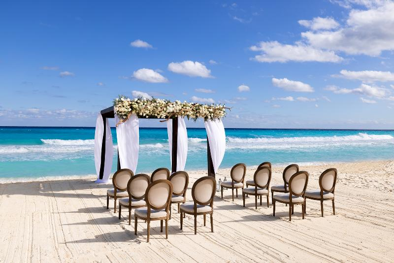 Beach Paradisus Cancun All Inclusive Resort