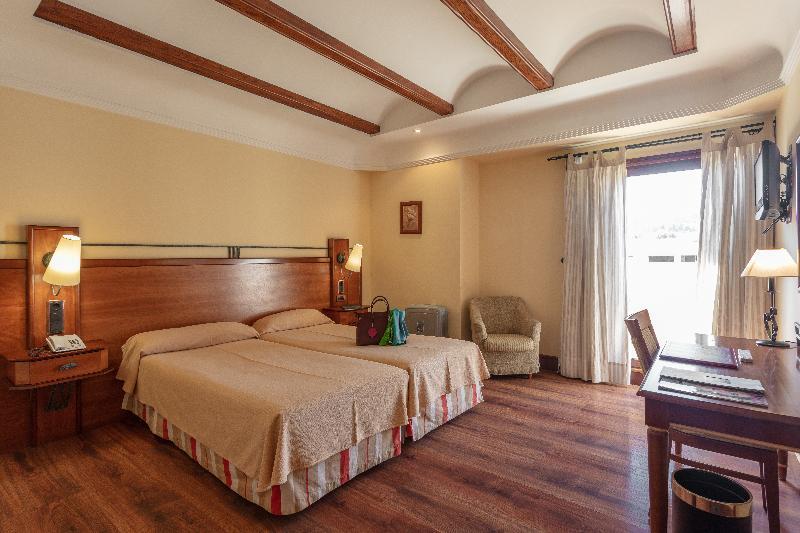 Room Abades Guadix